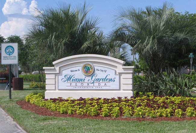 Sign monument graphics 3 d embossed on the best sign monuments for City of miami gardens