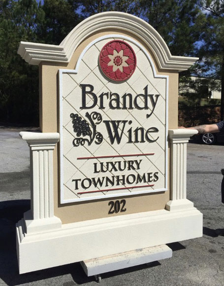 Sign Monument Design Complements Brandy Wine Community